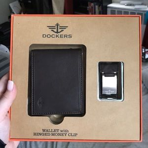 NEVER BEEN USED Dockers wallet with money clip